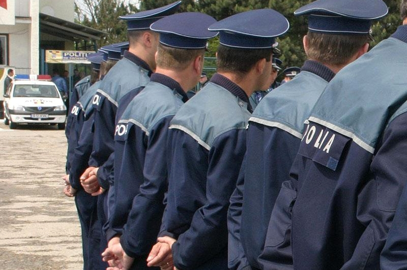 6088e-politisti