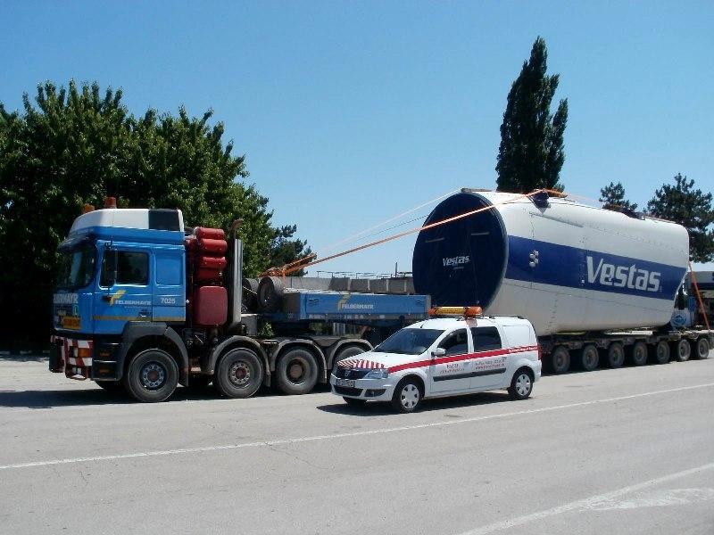 Șase transporturi agabaritice timp de nouă zile pe ruta DN25 Tecuci – DN1 PTF Borș