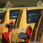 Taximetrist jefuit în plină zi